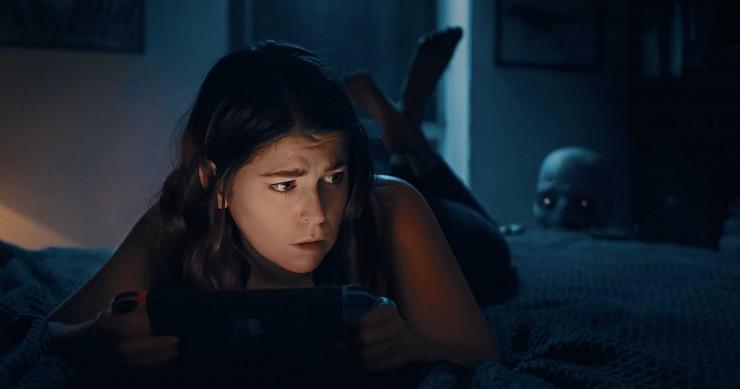 卧室走出的电影人如何凭零预算YouTube短片获制片公司认可拍摄长片电影